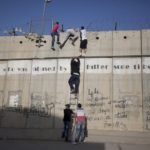 Veille  Je ne peux pas soutenir une idéologie qui se fonde sur un privilège juif et la persécution des Palestiniens