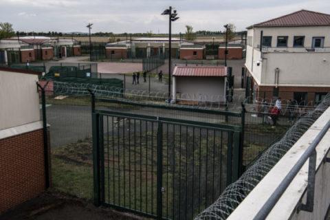 Veille  Alertez Monsieur Castaner sur la situation dans les centres de rétention