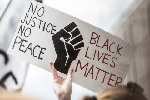 Veille  Violences raciales: Le tournant Black Lives Matter