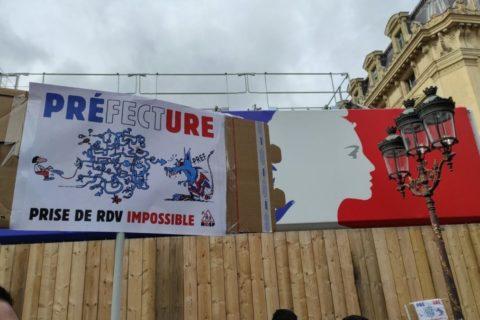 Veille  Contre la dématérialisation des demandes de titre de séjour : les préfectures assignées en justice, partout en France