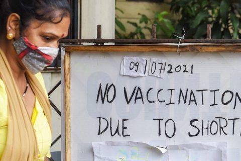 Veille  Les laboratoires pharmaceutiques alimentent une crise des droits humains sans précédent